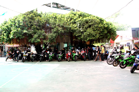 BST Riders visit the Camillian Social Center on the Sunday 19th of October 2014.