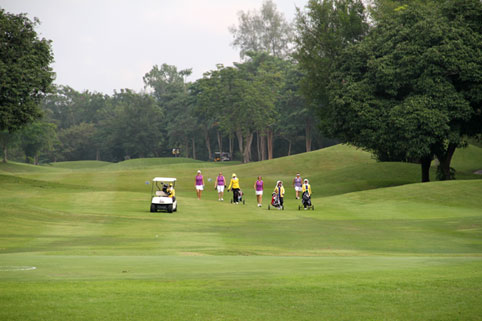 The 6th annual Divetide round of Golf was held on Saturday the 4th of October 2014 with the proceeds going to the Camillian Social Center Rayong to help the children living with HIV/AIDS.