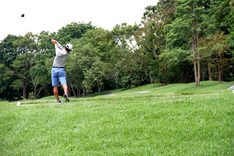 The 8th annual Divetide round of Golf was held on Saturday the 24th of September 2016 with the proceeds going to the Camillian Social Center Rayong to help the children living with HIV/AIDS.