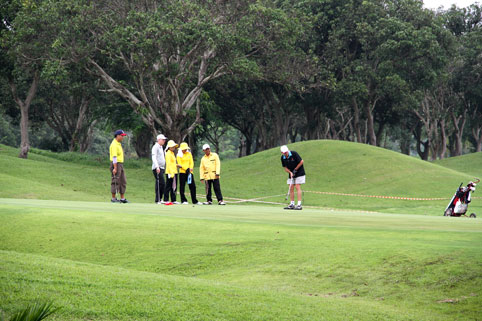 The 5th annual Divetide round of Golf was held on Saturday the 12th of September 2011 with the proceeds going to the Camillian Social Center Rayong to help the children living with HIV/AIDS.