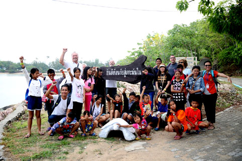 Children living with HIV/AIDS from The Camillian Social Center Rayong On 24th March 2015 Eric and Sopha Roux invited the children