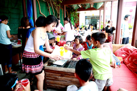 JUST BERGER'S JOMTIEN for the Kids at the Camillian Social Center Rayong sponsored by the Jesters and Jackalope
