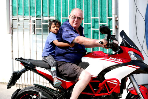 ISN'T MOTORCYCLE CLUB came to visit the children of the Camillian Social Center Rayong who are living with HIV/AIDS.