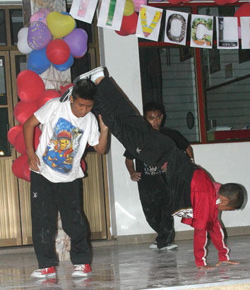 Mario held a party for the children living with HIV/AIDS at the Camillian Social Center Rayong Thailand.
