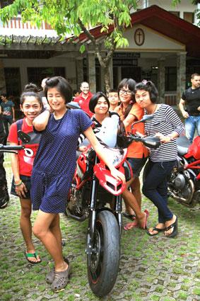 Pattaya Ducati visit the Camillian Social Center on the Sunday 23rd of September 2012.