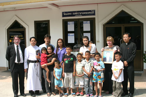 Good by to Quinny from the Camel Pub BanChang at the Camillian Social Center Rayong for Children Living with HIV/AIDS.