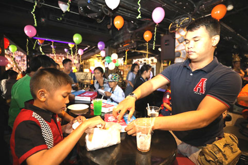 The children living with HIV/AIDS from the Camillian Center Rayong are treated to an afternoon party by Gary of The STONES HOUSE BAR walking street Pattaya.