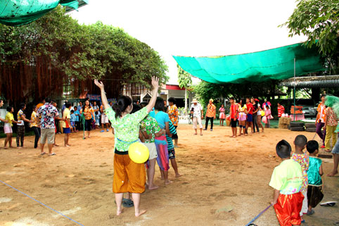 Songkran 2014 for children living with HIV/AIDS at the Camillian Social Center Rayong