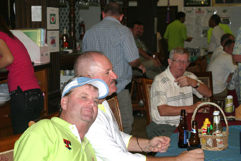 The third annual Divetide round of Golf was held on Saturday the 12th of September 2011 with the proceeds going to the Camillian Social Center Rayong to help the children living with HIV/AIDS.