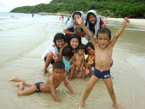 kids living with HIV/AIDS on a day out