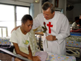 hiv/aids orphanage in rayong thailand